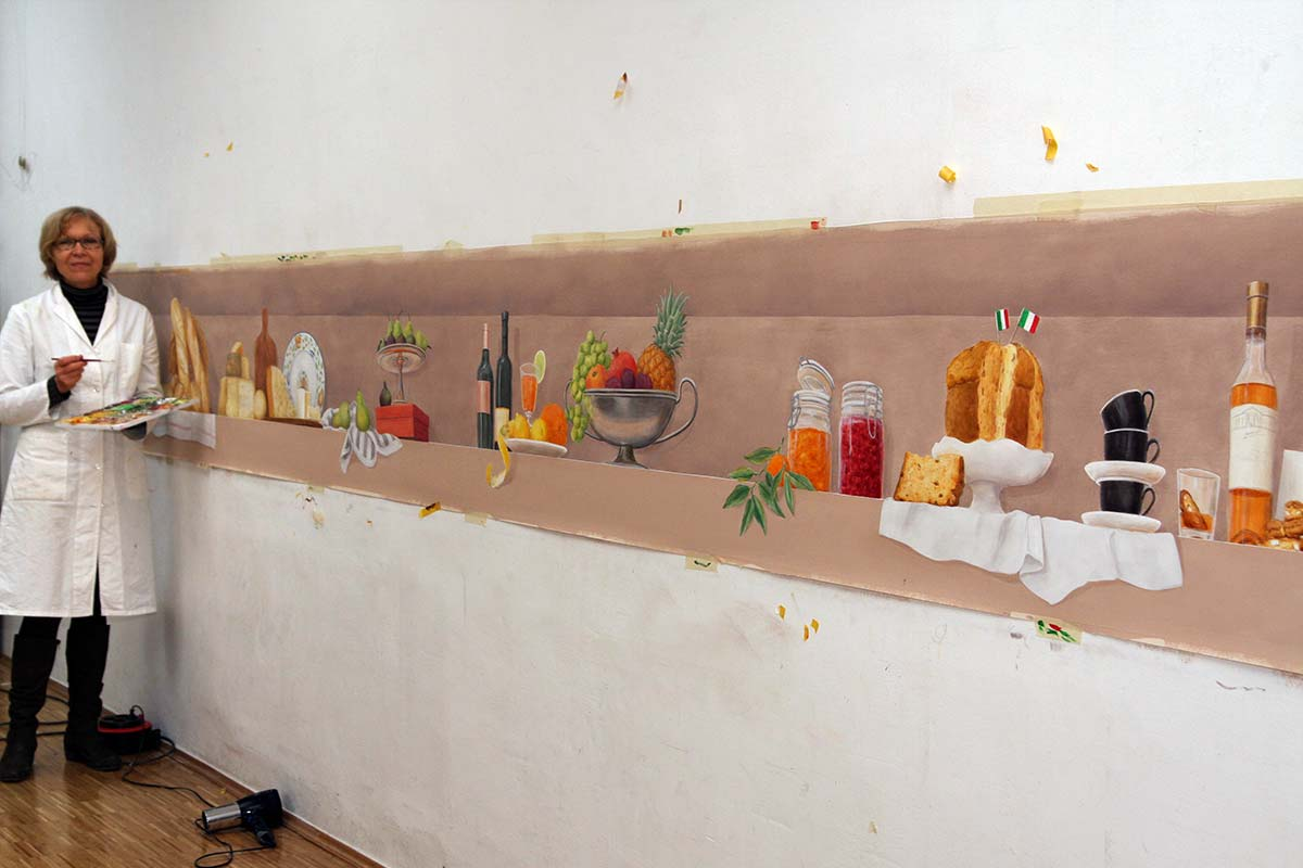 Wall niche with sweets (picture of the work)
